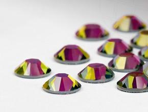 Swarovski Eyelash Crystals #Crystal Volcano 40 Pieces