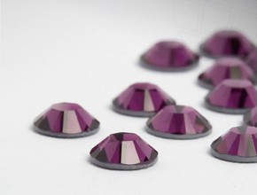 Swarovski Eyelash Crystals #Amethyst 40 Pieces