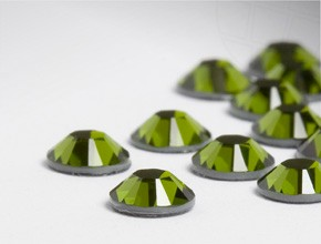 Swarovski Eyelash Crystals #Olivine 40 Pieces